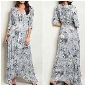 Dresses & Skirts - 5⭐️Blue BOHO MAXI DRESS